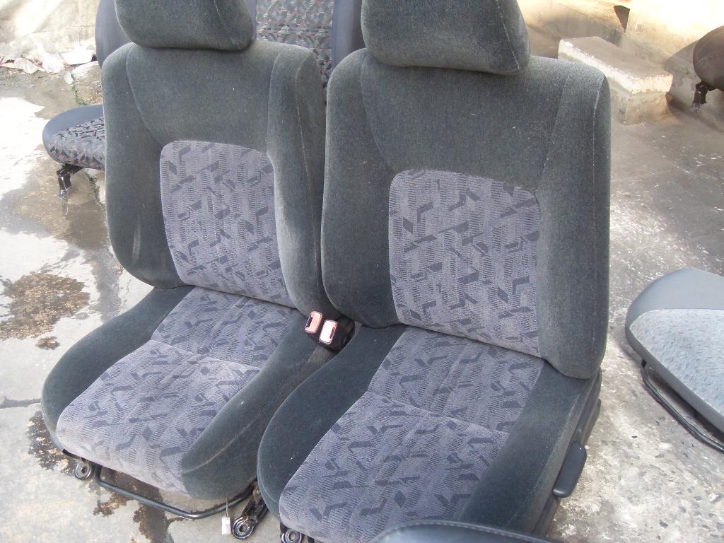 Toyota Camry เบาะCamry Gracia รุ่นไฟท้ายไม้บรรทัดสีดำ เบาะToyota Camry เบาะโตโยต้า Camry เบาะโตโยต้า คัมรี่ เบาะโตโยต้าแคมรี่ เบาะคัมรี่ เบาะแคมรี่ ราคาตามข้างล่างนี้เป็นราคาต่อคู่นะครับ