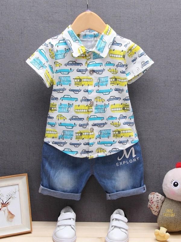 ชุด 2 ชิ้น เสื้อเชิ้ตผ้ายืดเนื้อนุ่มใส่สบายลายรถยนต์ + กางเกงผ้าฝ้ายสียีนส์ไม่ละลายเคืองผิวลูกน้อย
