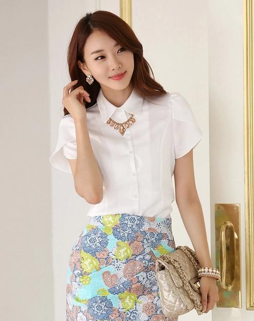เสื้อเชิ้ตผู้หญิงแขนสั้นแฟชั่น สีขาว