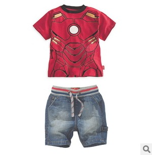 เซทเสื้อยืดกางเกงขาสั้น Iron man - size 5 ปี