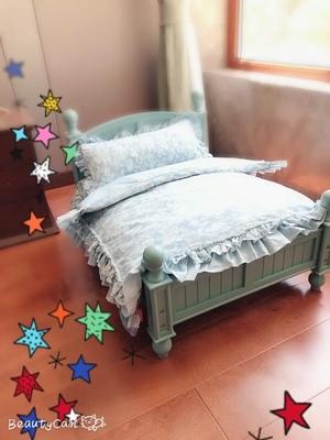 เตียงไม้สำหรับสัตว์เลี้ยงสไตล์วินเทจ พร้อมชุดเครื่องนอน ขนาดเล็กและขนาดกลาง
