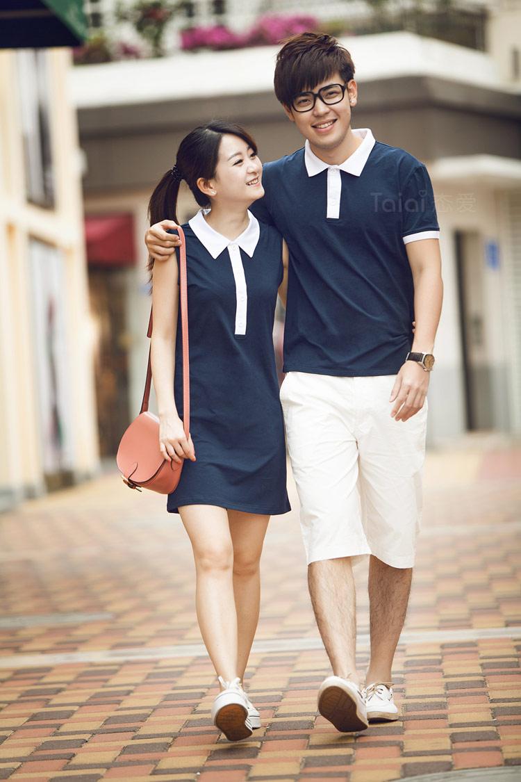 ชุดคู่รักสีกรมท่าคอปกขาว หญิงเป็นชุดมินิเดรสแขนกุด น่ารักมากๆค่ะ