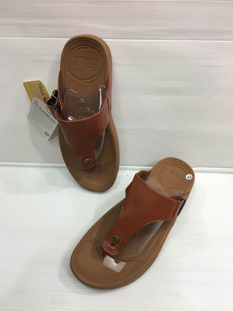 รองเท้าชาย fitflop ไซส์ 41-44