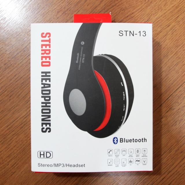 อุปกรณ์ภายในกล่อง หูฟัง บลูทูธ ไร้สาย Beats STN-13 จำนวน 1 ชิ้น ,สายชาร์จ USB 1 เส้น , สายแจ็ค 1 เส้น, คู่มือการใช้งาน