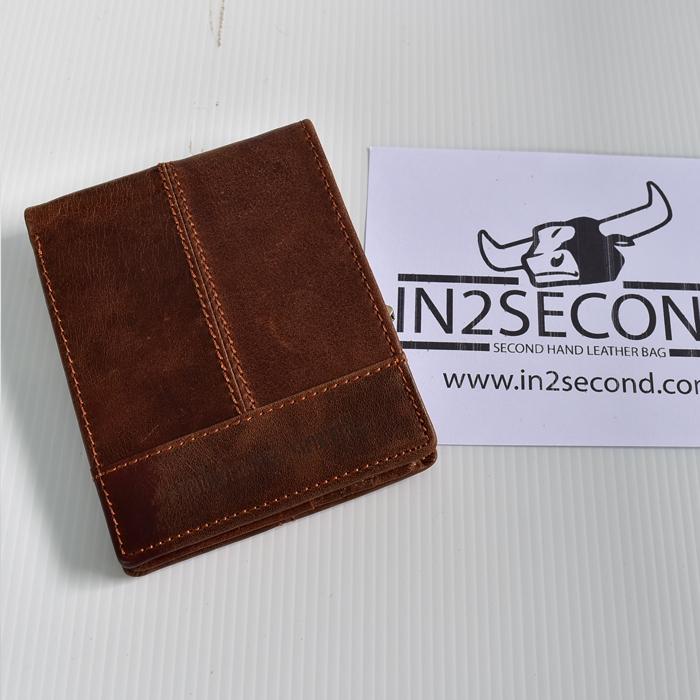 NS-21 กระเป๋าสตางค์หนังแท้ สีน้ำตาล สภาพดีมาก สลักคำตามรูป
