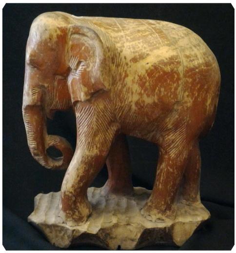 ไม้แกะสลักช้าง งานเก่า สูง 32 cm.