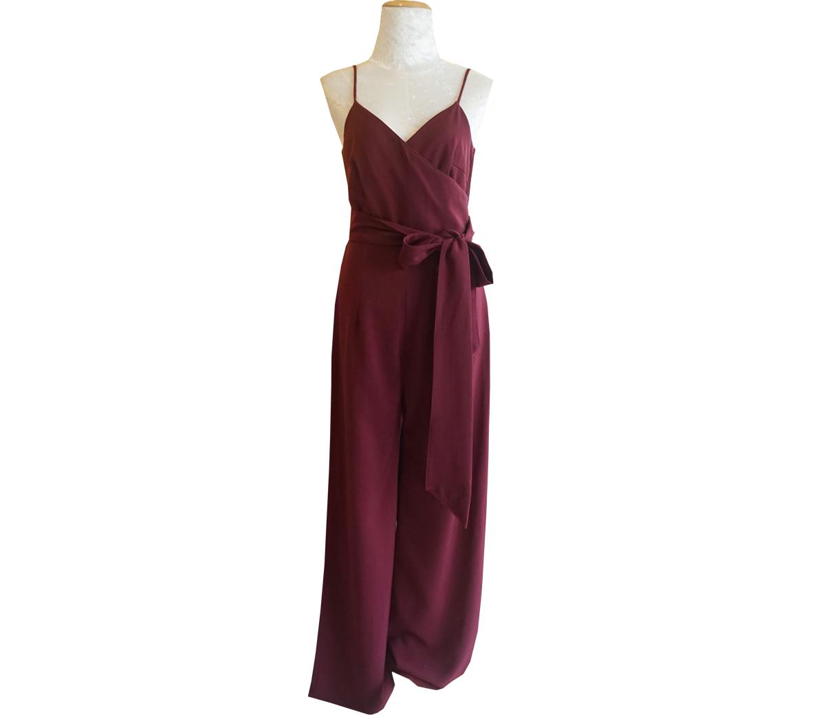 ชุดจั๊มสูทกางเกงขายาวสีแดงไวน์ สายเดี่ยว กางเกงขากระบอก มาพร้อมผ้าผูกเอว : พร้อมส่ง
