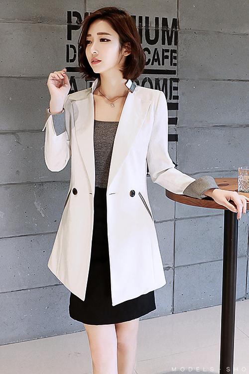 เสื้อสูทแฟชั่น เสื้อสูทผู้หญิง สีขาว คอจีน ตัวยาวคลุมสะโพก