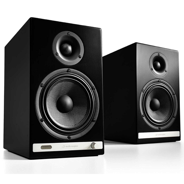 HD6 WIRELESS SPEAKERS