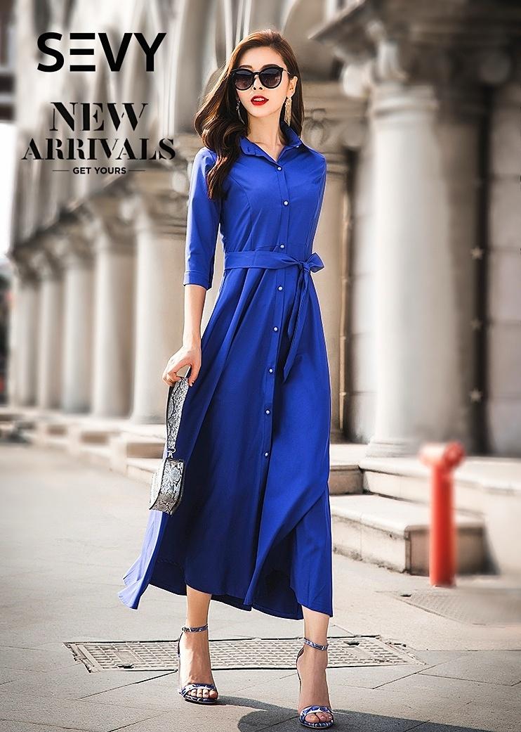 Maxi dress สีน้ำเงินเนื้อผ้า Cotton+Polyester คอปก กระดุมผ่าหน้า แขนยาวห้าส่วน มาพร้อมเชือกผ้าผูกเอว