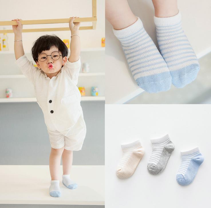 ถุงเท้าสั้น คละสี แพ็ค 12 คู่ ไซส์ อายุประมาณ 0-1 ปี
