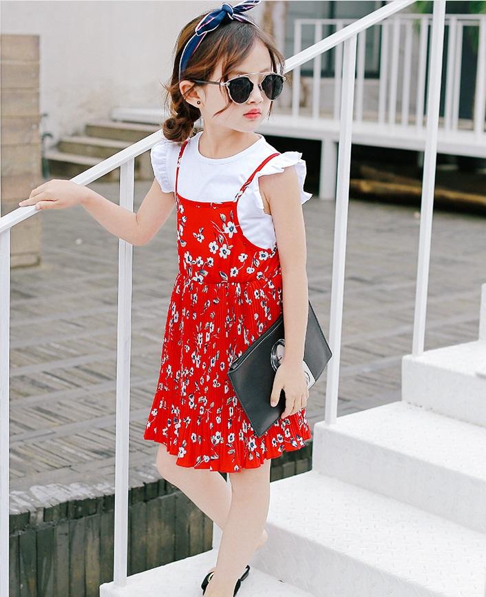 ชุดเซตเสื้อสีขาว+เดรสสายเดี่ยวสีแดงลายดอกไม้ แพ็ค 5 ชุด [size 2y-3y-4y-5y-6y]