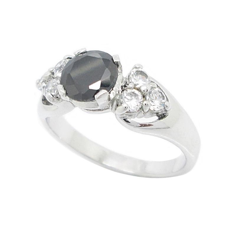 แหวนพลอยสีนิลดำประดับเพชรชุบทองคำขาว