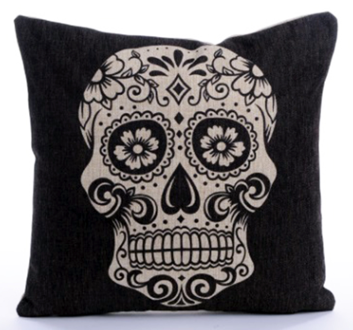 หมอนอิง Scary Skull 3