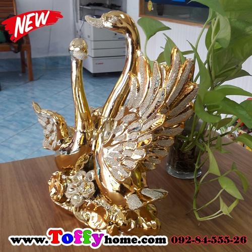 หงษ์ทองคู่เซมิคเคลือบทองแสนสง่า ขนาด 16.5*26.5*27 cm.
