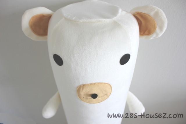 ปลอกหมอนข้างตุ๊กตาหมี สีครีม ## พร้อมส่งค่ะ ##