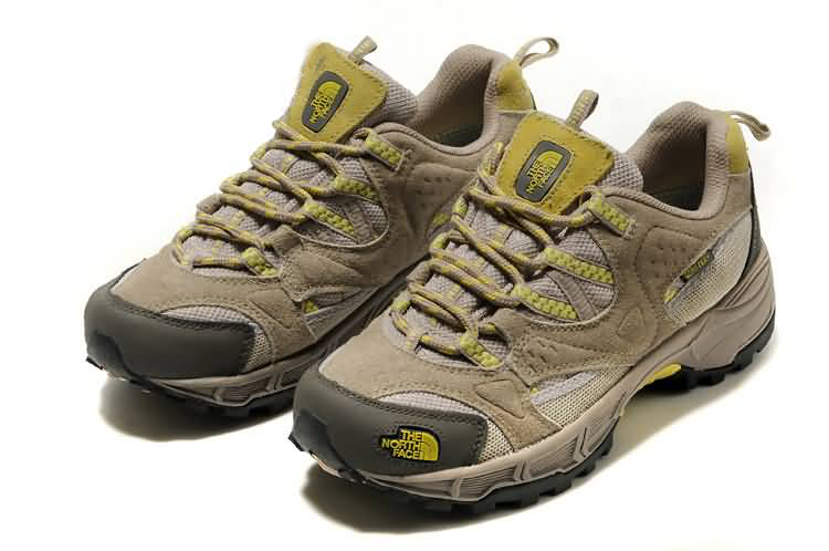 THE NORTH FACE SHOES WOMENS HEDGEHOG GTX XCR III Beige Yellow GTX Gore Tex Shoe สำหรับผู้หญิง size 37-40