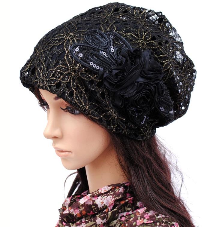 (Pre-order) หมวกคลุมผม หมวกไหมพรมผ้าฝ้ายถัก แฟชั่นหมวกคลุมผม สวยเก๋ ปักลวดลายตาข่าย-ดอกไม้ สีดำ