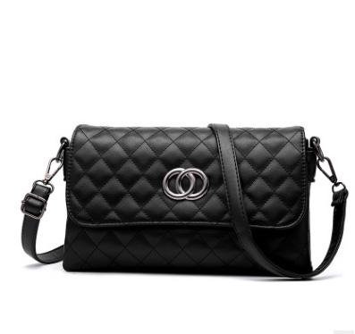 Pre-order กระเป๋าสะพายข้างแต่ง OO แฟชั่นสไตล์ Chanel เย็บลายตารางรหัส KO-539 สีดำ