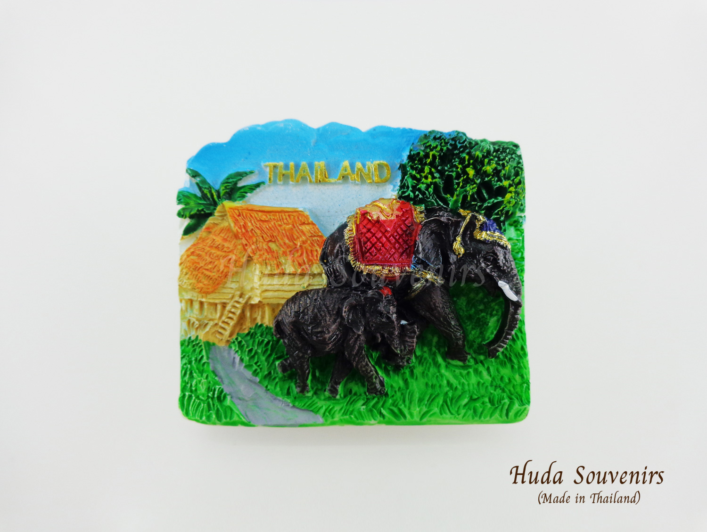ของที่ระลึกไทย แม่เหล็กติดตู้เย็น ลวดลายช้าง วัสดุเรซิ่น ชิ้นงานปั้มลายเนื้อนูน ลงสีสวยงาม
