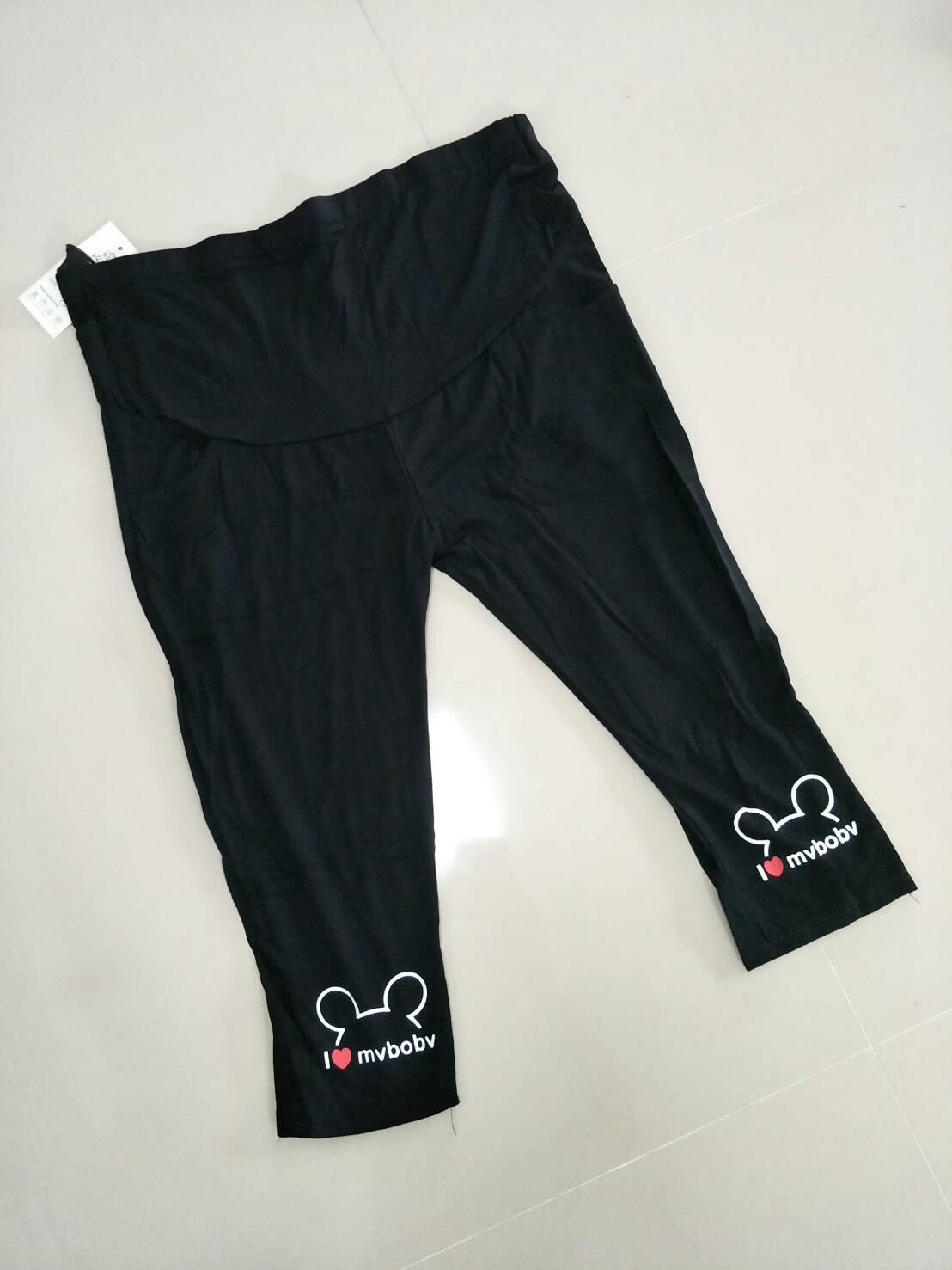 กางเกงพยุงหน้าท้อง กางเกงเลกกิ้งขา 5 ส่วน สีดำพิมพ์ลายหัวมิกกี้ที่ปลายขา น่ารักค่ะ